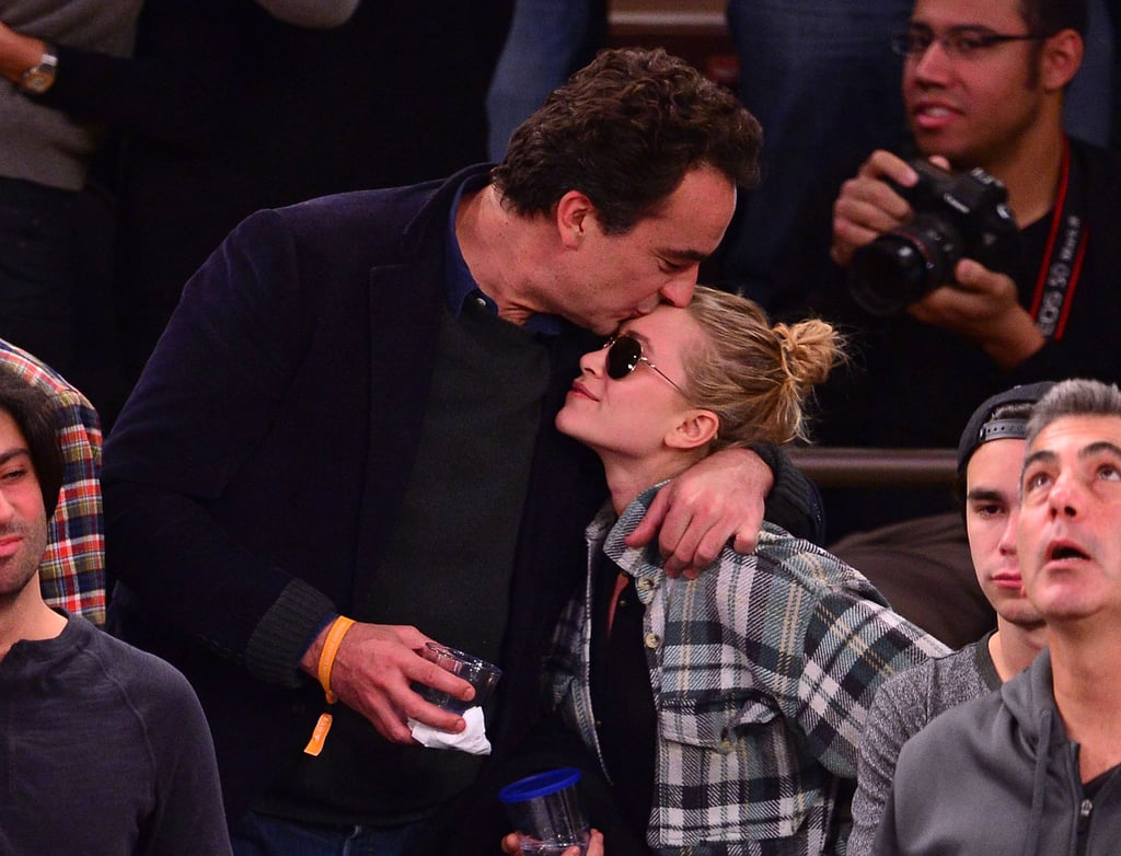 Olivier Sarkozy and Mary-Kate Olsen showed PDA during the New York Knicks game.
