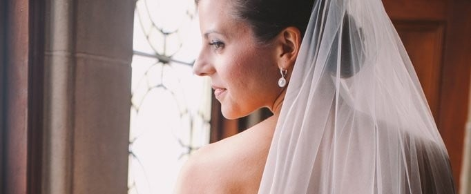 Finally! A Good Explanation For Why Some Wedding Veils Are So Freakin' Expensive