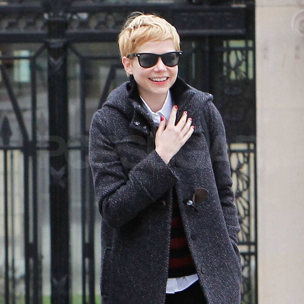 Michelle Williams kept a low profile in Paris with the help of her dark glasses.