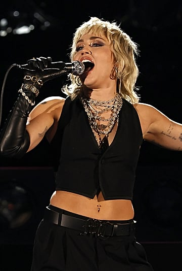 13 Celebrities Who Embrace Their Armpit Hair