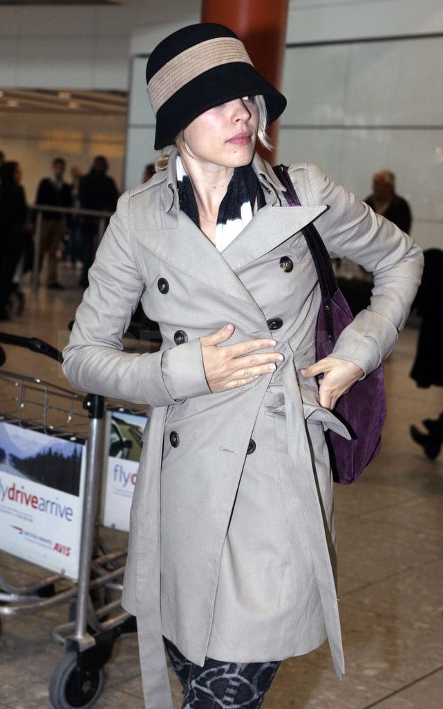 Rachel McAdams Arriving at Heathrow Pictures