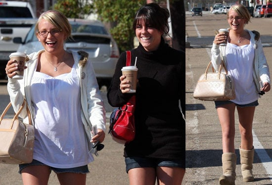 New Photos of Pregnant Jamie Lynn Spears in Kentwood
