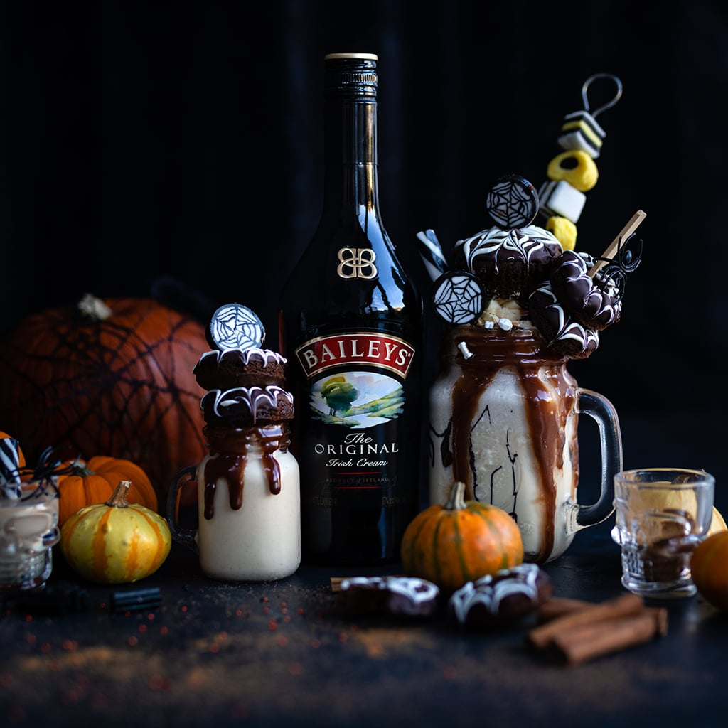 Supergolden Bakes' Halloween Treat: Pumpkin Spice Freakshakes