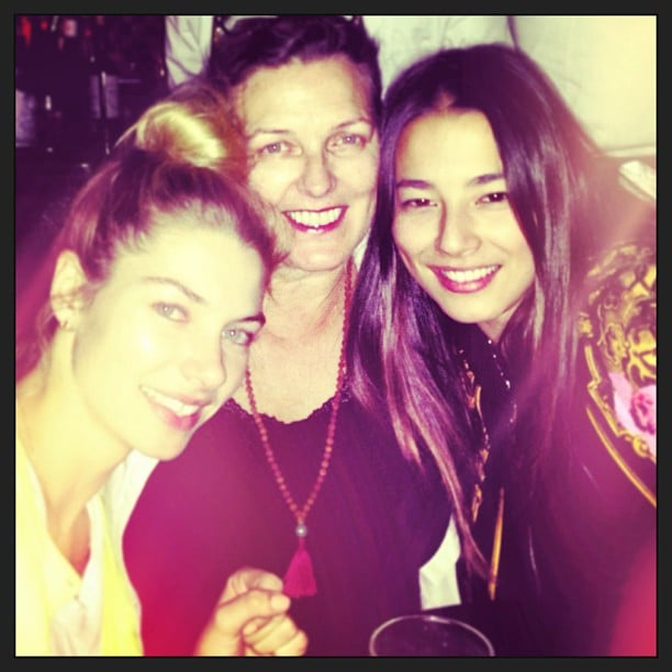 Jess Hart and her mum hung out with fellow model Jess Gomes. Source: Instagram user 1jessicahart