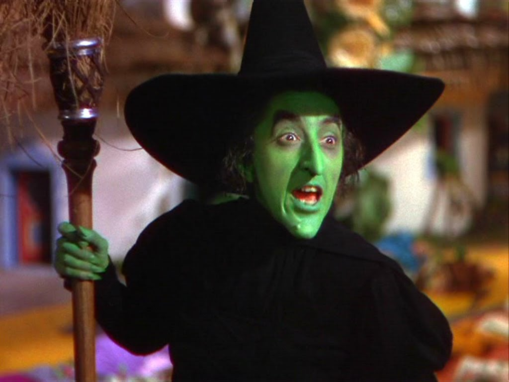 Elphaba, the Wicked Witch of the West | Witches in The Wizard of ...