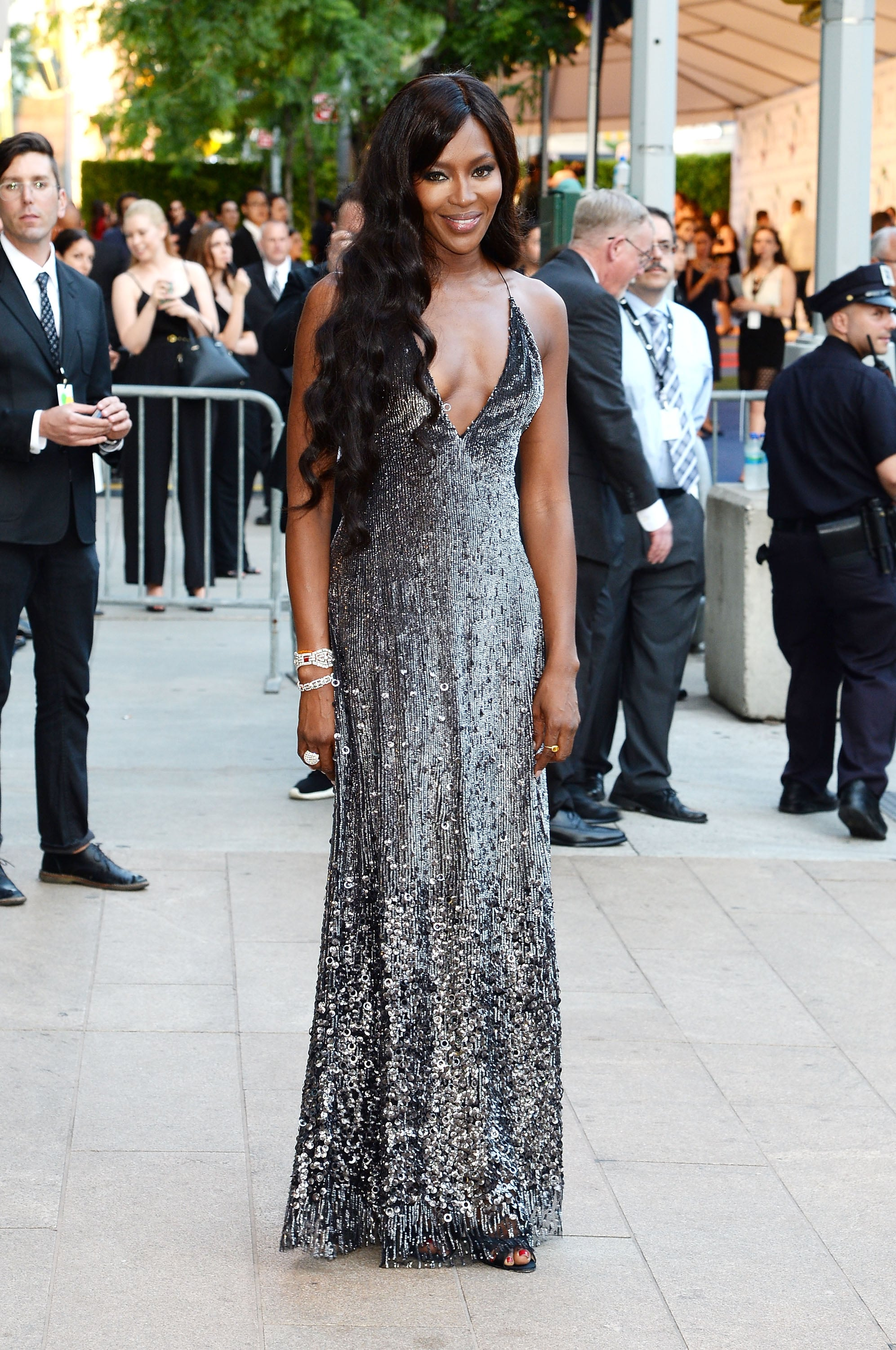 Naomi Campbell set off a photographer frenzy in her sequined gown.