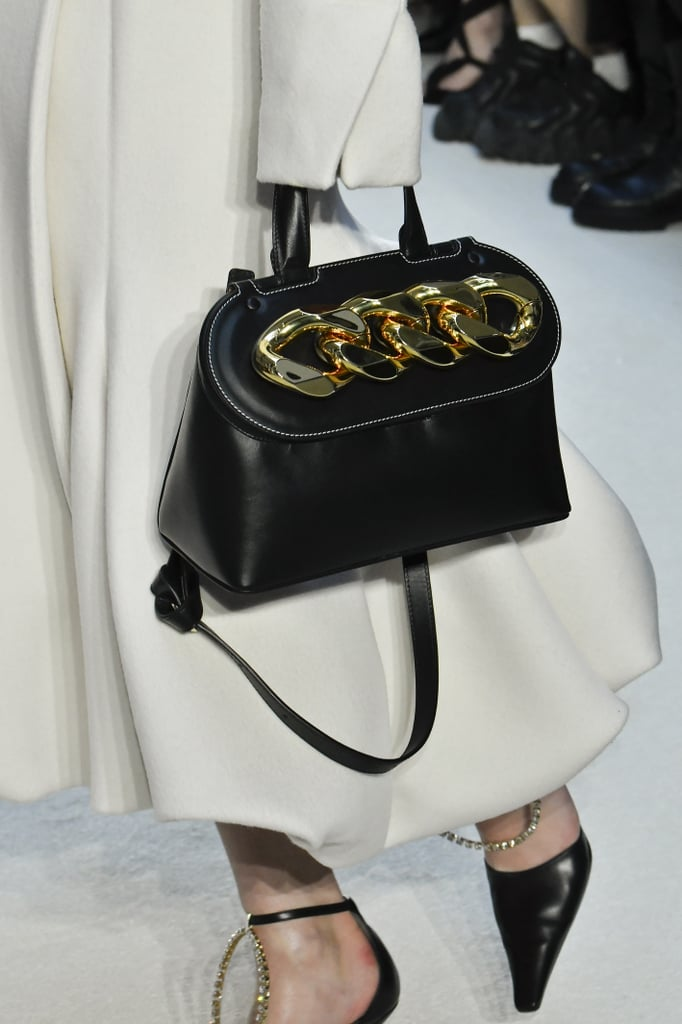 Fall Bag Trends 2020: Chain Accents