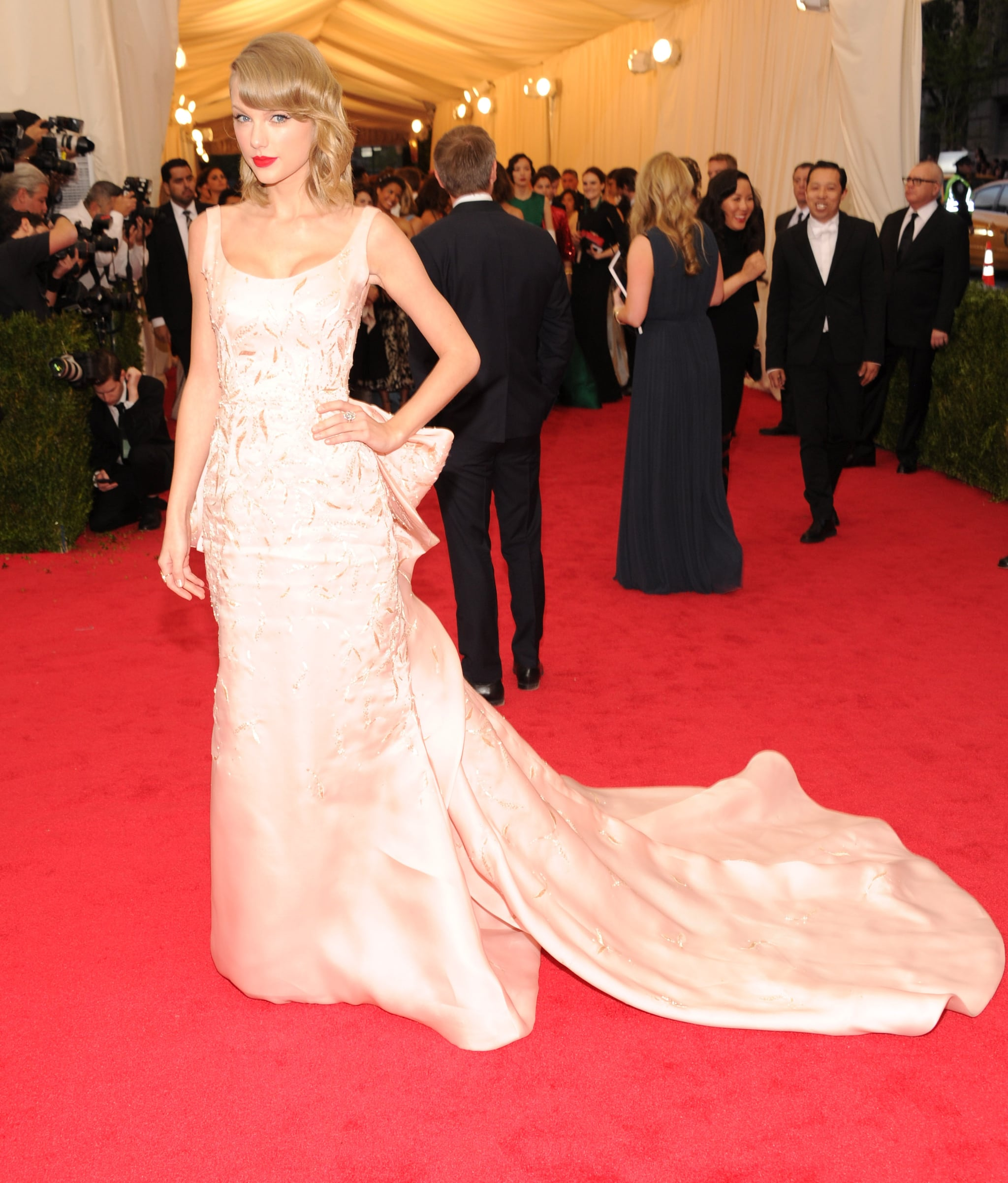 Taylor Swift Remains a Lady at the Met Gala