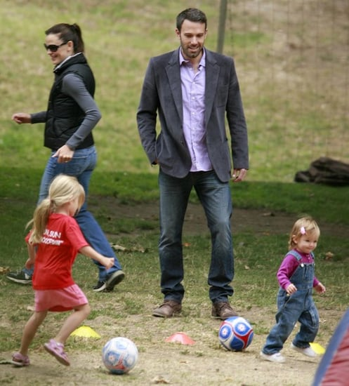 Jennifer Garner and Ben Affleck take their daughters Violet and Seraphina to the park