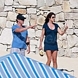 Cindy Crawford Kicks Off Her Shoes For a Stroll in the Sand With Rande