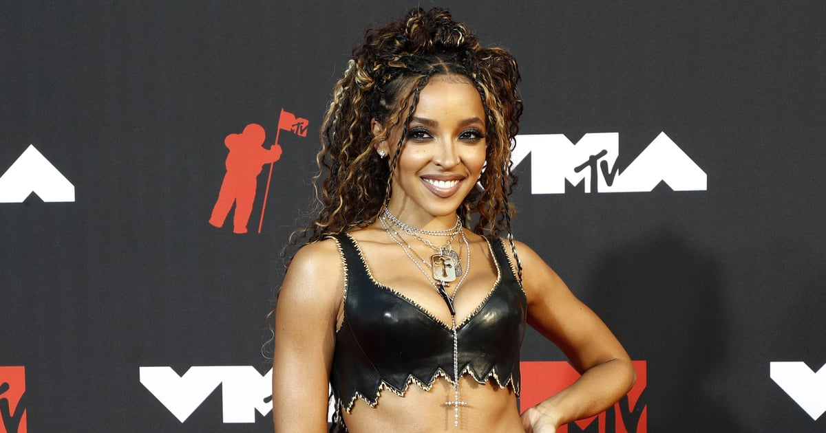 Just a Warning: You'll Need More Than 2 Hands to Count the Cutouts on Tinashe's Sexy Dress.jpg
