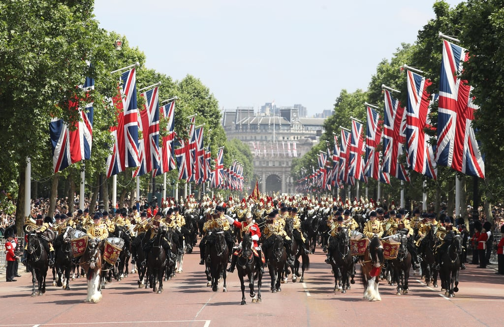 The Procession Along the Mall   Royal Family at Trooping ...