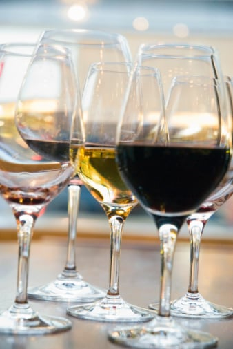 The How-To Lounge: Developing a Taste for Wine
