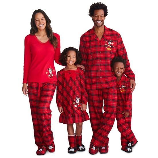 Disney Matching Pajama Sets For the Holidays