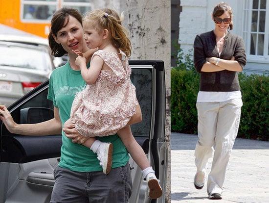 Photos of Violet Affleck and Jennifer Garner in Santa Monica