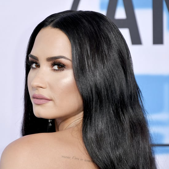 Demi Lovato Long Hair at the 2017 American Music Awards