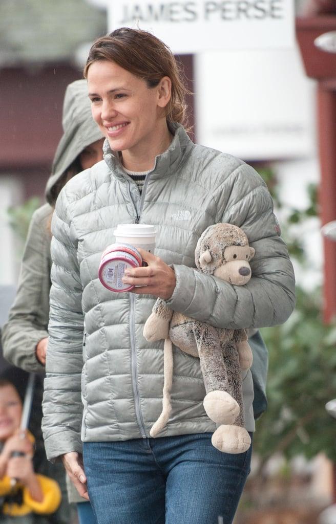 Jennifer Garner Isn't Letting a Little Bit of Rain Ruin Her Day