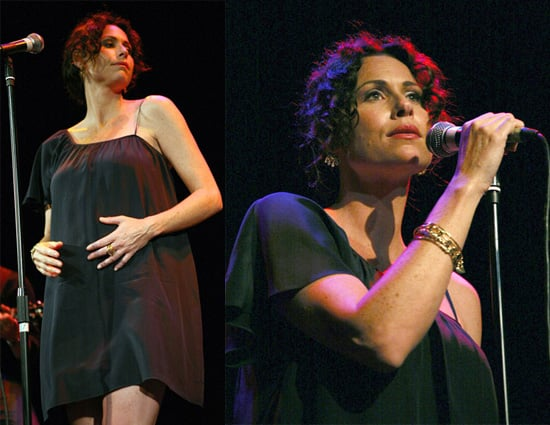 Minnie Driver Sings at London Arts Theatre To Promote Seastories