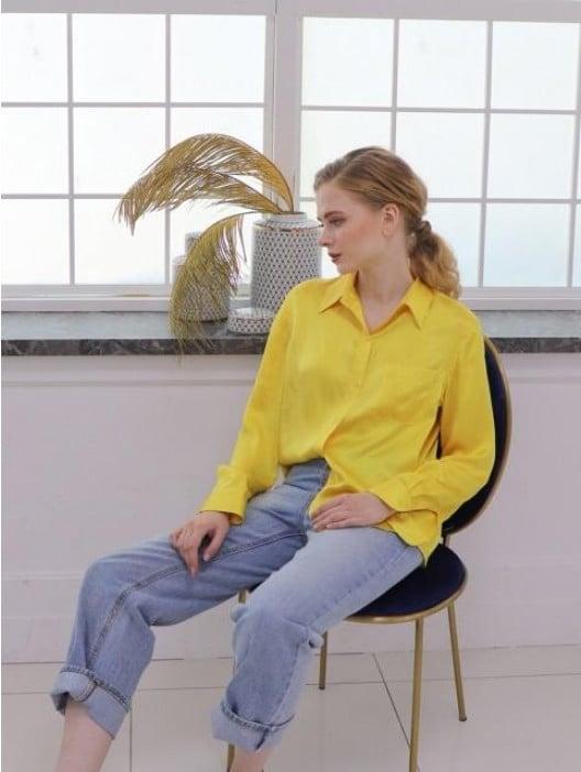 P & Lot Point Collar Silk Blouse