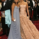 Penélope took Mónica as her date to the Oscars in 2007.