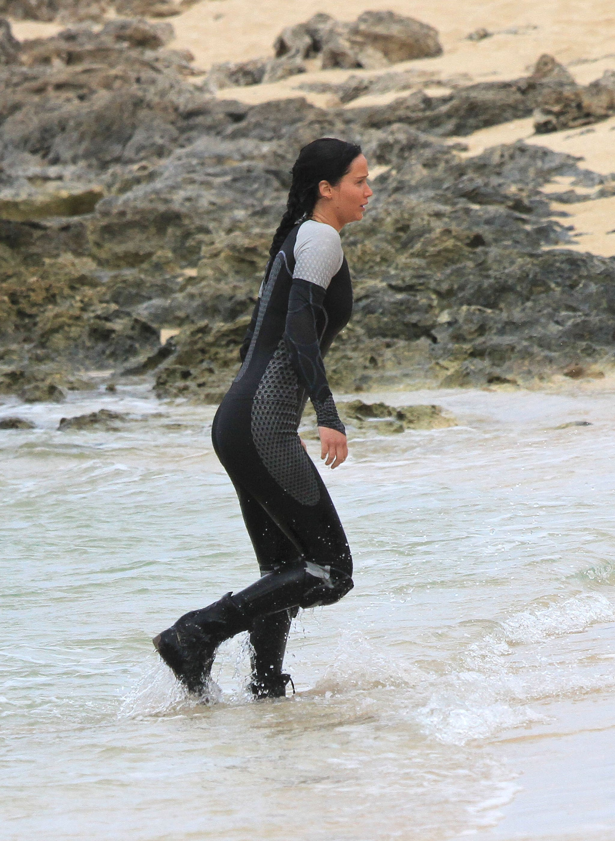 Jennifer Lawrence wore a wet suit on the set of Catching ...