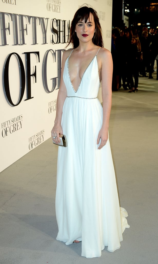 She just looks gorgeous. Way to rock that Winter white, Dakota!
