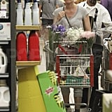 Diane Kruger and Joshua Jackson buy flowers.