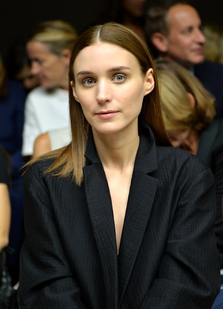 Rooney Mara is amazing at styling her straight hair.