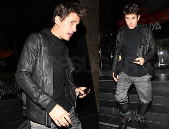 Photos of John Mayer in LA 2009-04-18 07:00:00