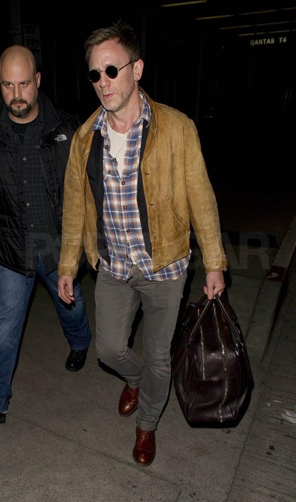 Daniel Craig Returns to the West Coast After Valentine's Fun With Rachel Weisz
