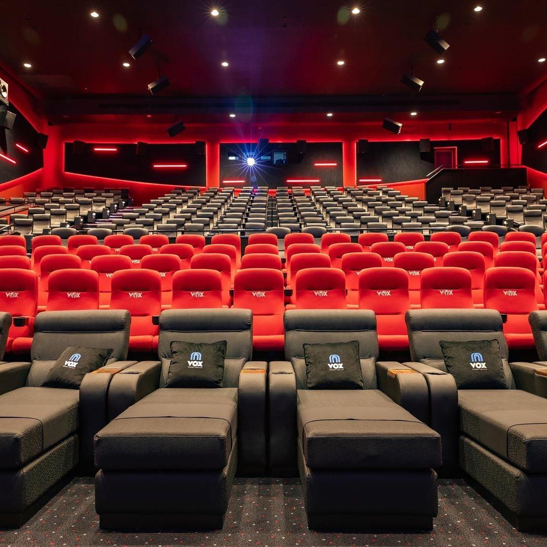 فوكس سينما تمنحكم إمكانية حجز صالة سينمائية كاملة بسعر مميز Popsugar Middle East Smart Living