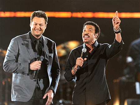 VIDEO: Blake Shelton Shares His Hilarious Reaction to Working with Lionel Richie