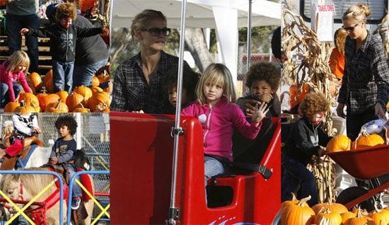 Photos of Heidi Klum, Leni Klum, Henry Samuel, and Johan Samuel at the Pumpkin Patch in LA
