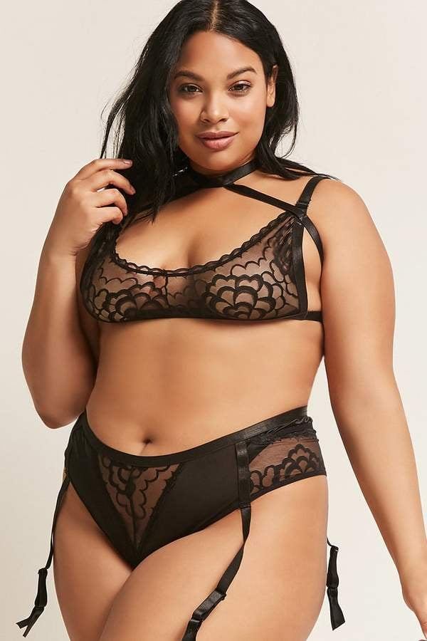 8cd80283e Forever 21+ Plus-Size Oh La La Cheri Bralette and Panty Set