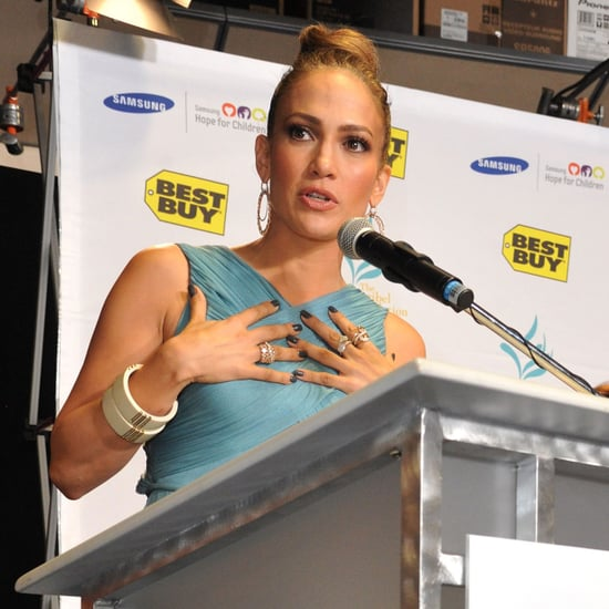 Jennifer Lopez Appearance at Best Buy Pictures