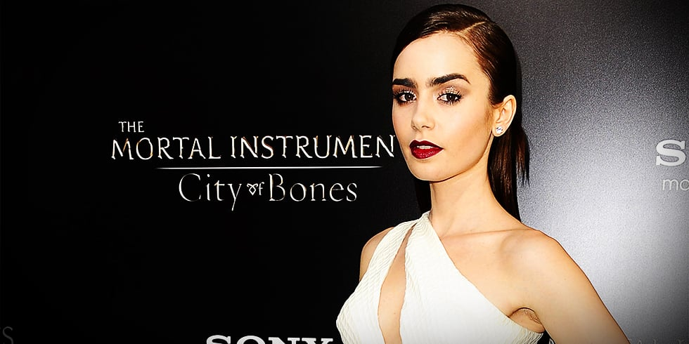 Lily Collins Style at Mortal Instruments Premiere | Video