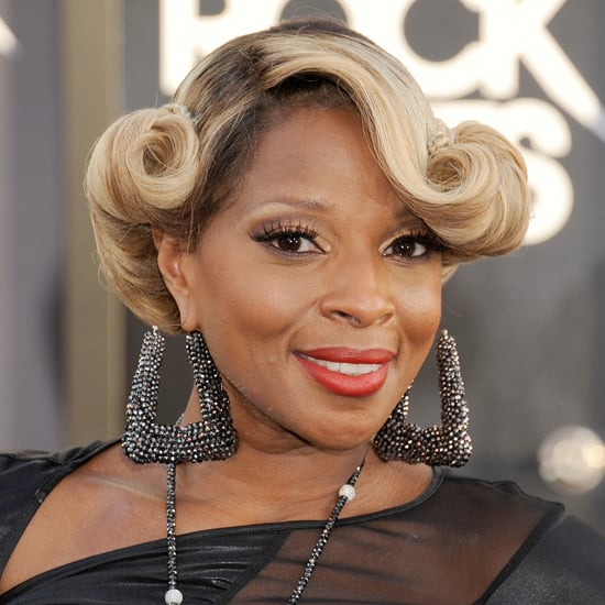 Mary J. Blige's Victory Roll Hair Style