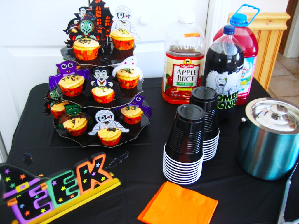 tips for halloween parties parents and kids will love popsugar moms - Throw A Halloween Party