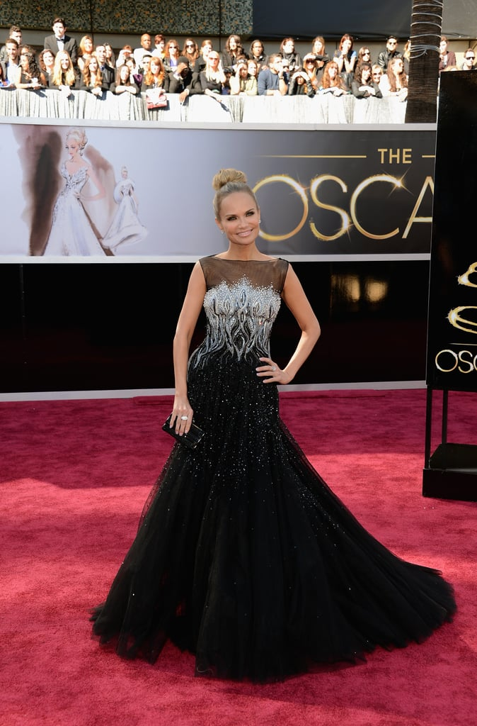 Kristin Chenoweth smiled on the Oscars red carpet.