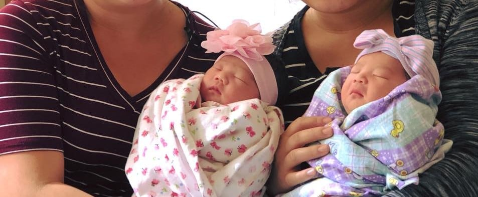 Twin Sisters Give Birthday to Babies on Same Day