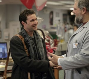TV Tonight: Noah Wyle's Back in the ER