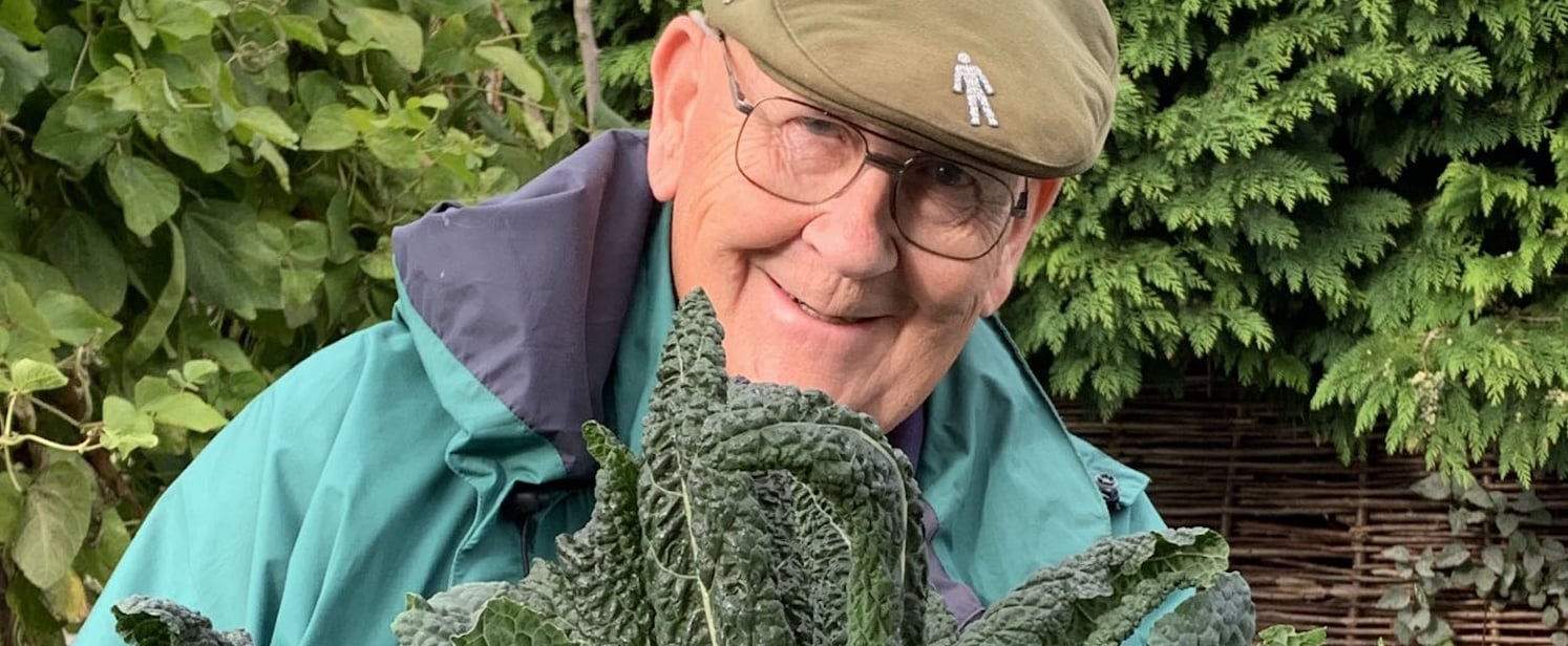 Grandpa's Wholesome Gardening Twitter Account Goes Viral