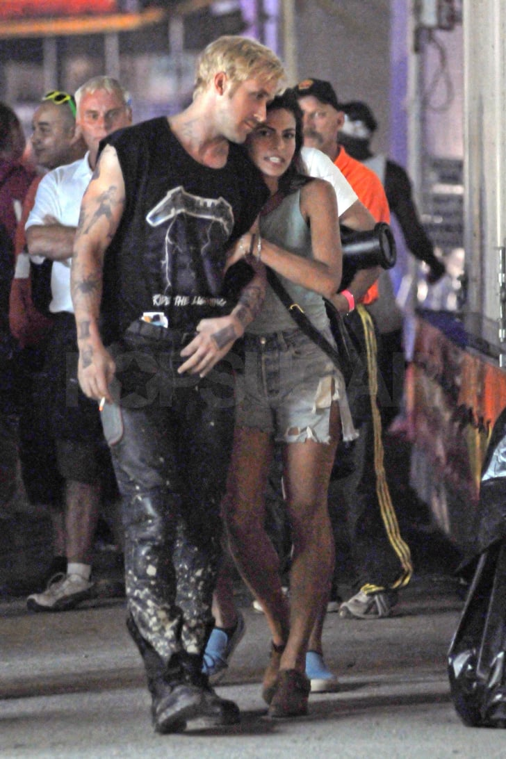 Eva Mendes wore short shorts and Ryan Gosling modeled a Metallica t-shirt on set.