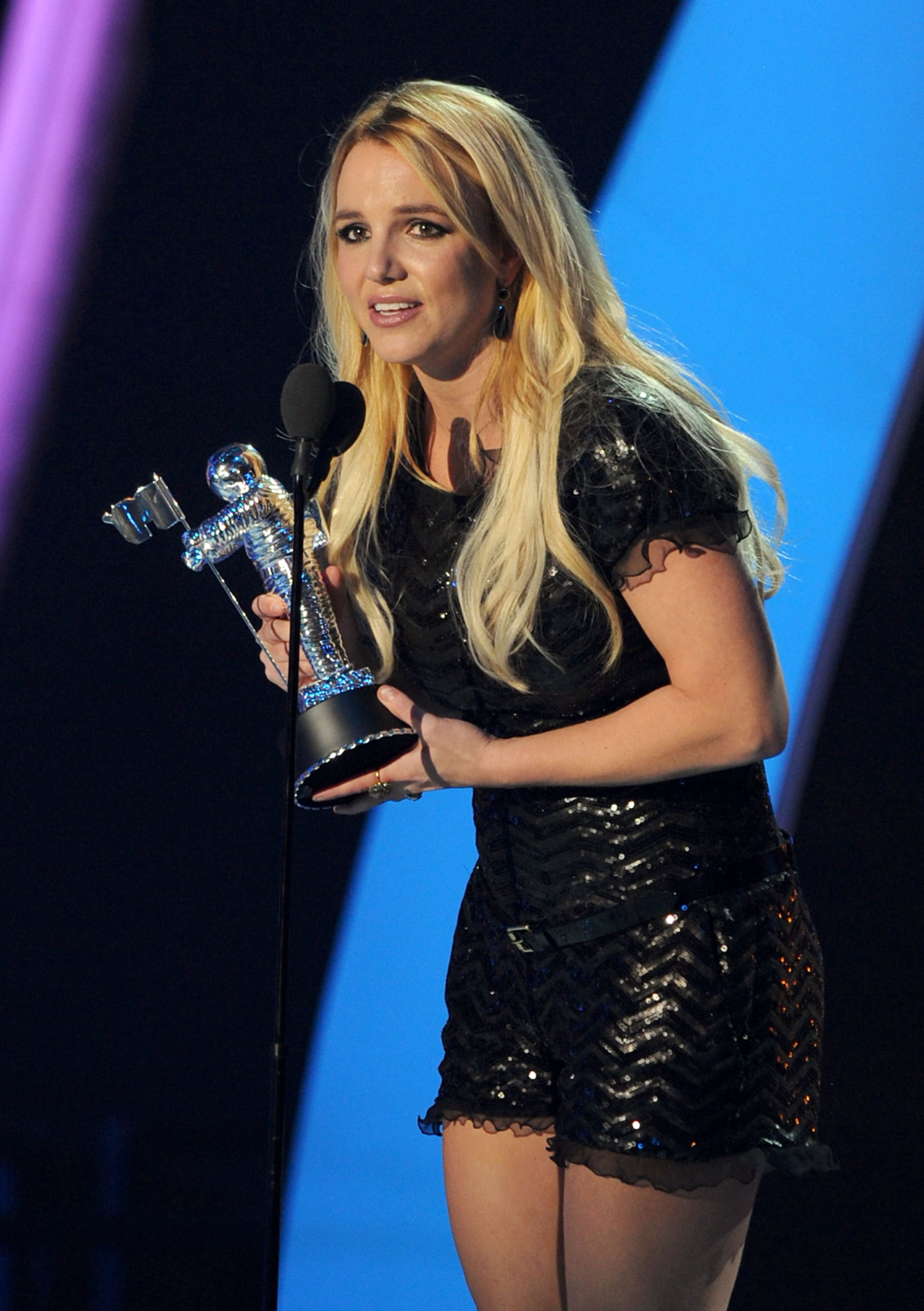 Pictures From 2011 MTV Video Music Awards Show Including ...