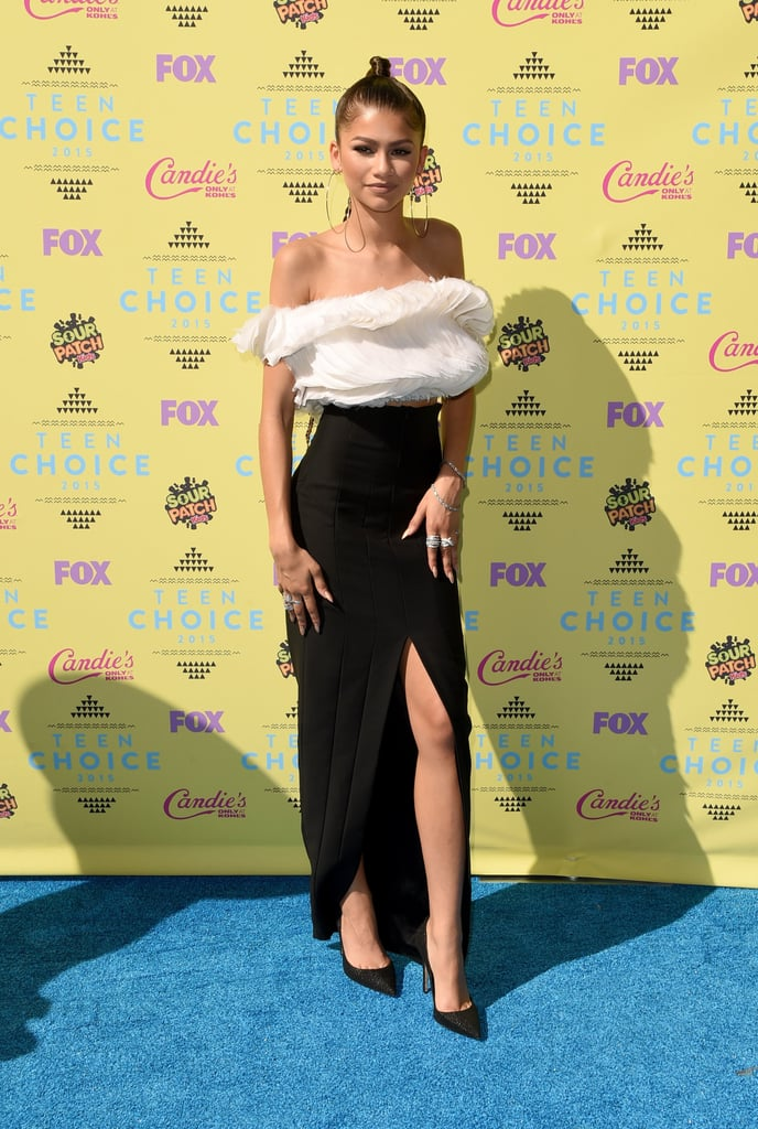 Teen Choice Awards Red Carpet Dresses 2015