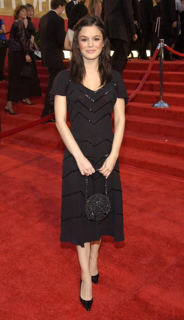 Rachel Bilson walked the red carpet in 2004.