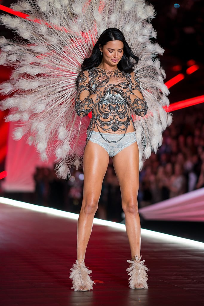 Adriana Lima's Last Victoria's Secret Fashion Show Reactions