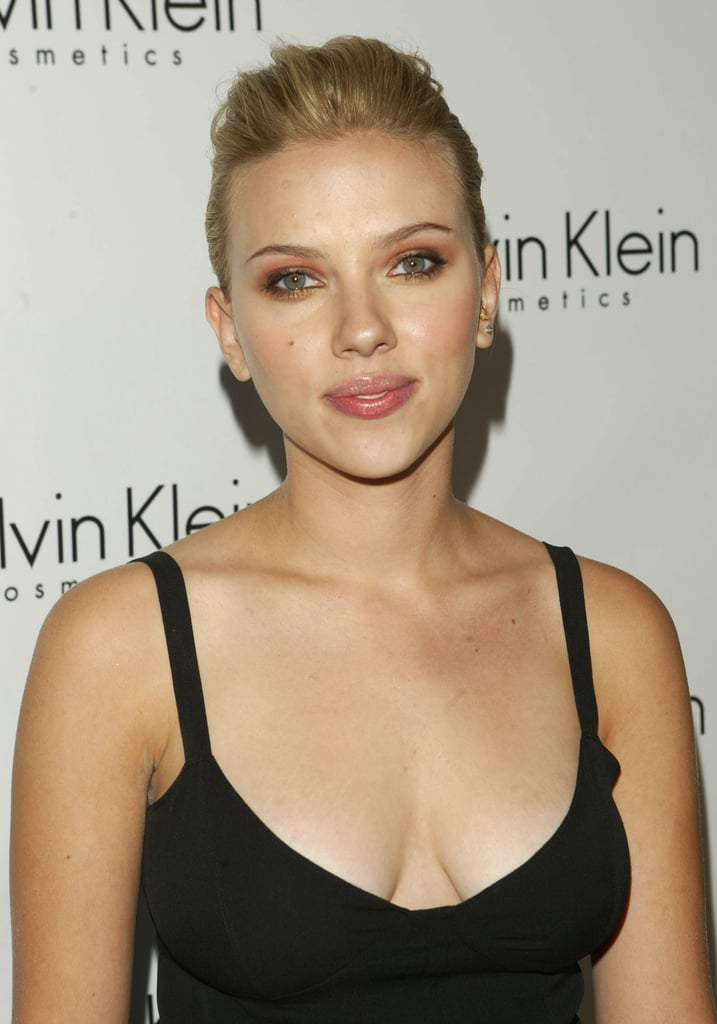 Sexy Scarlett Johansson Pictures | POPSUGAR Celebrity Photo 2