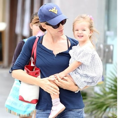 Jennifer Garner Pictures Out in LA With Seraphina Affleck