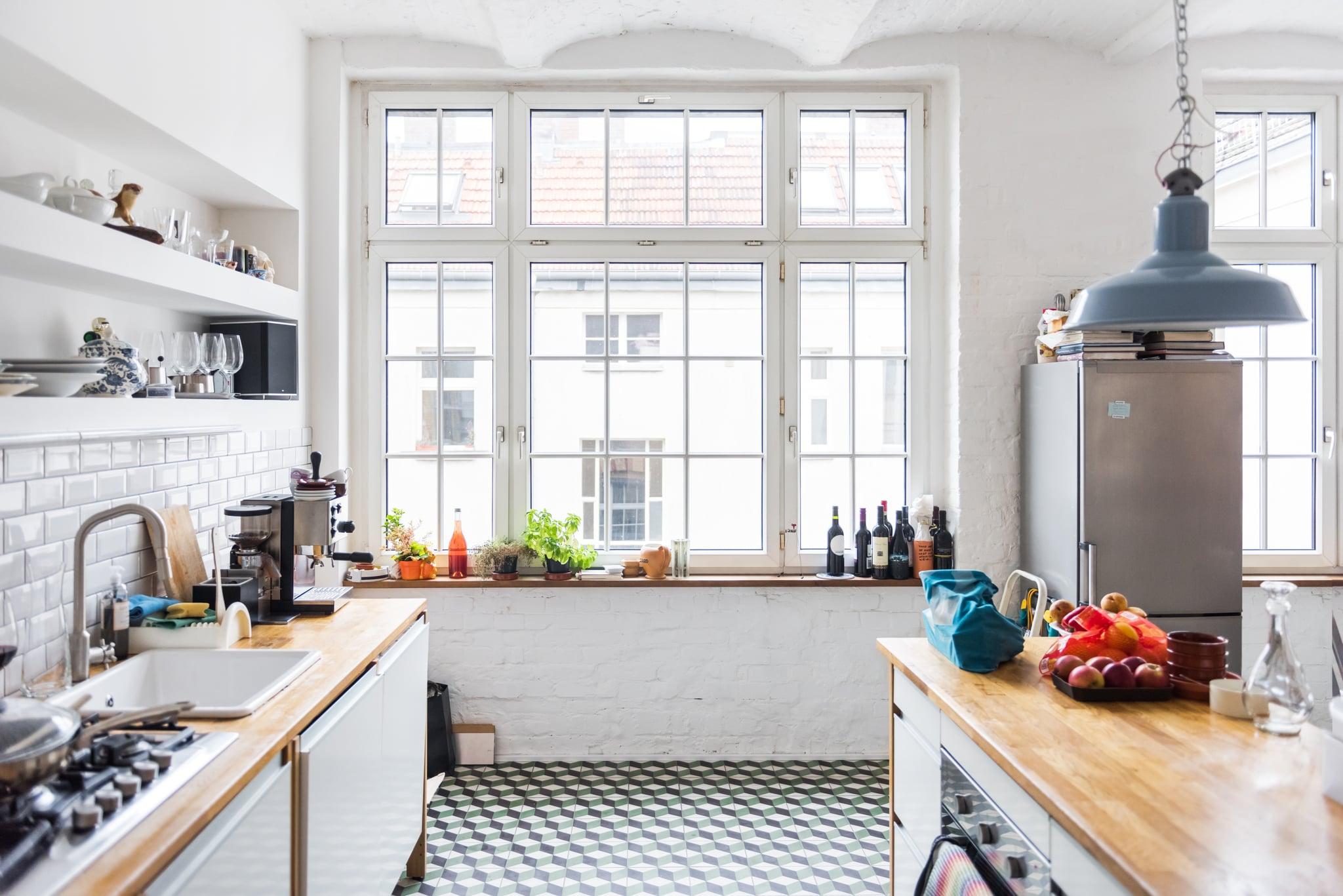 Modern and bright Loft kitchen